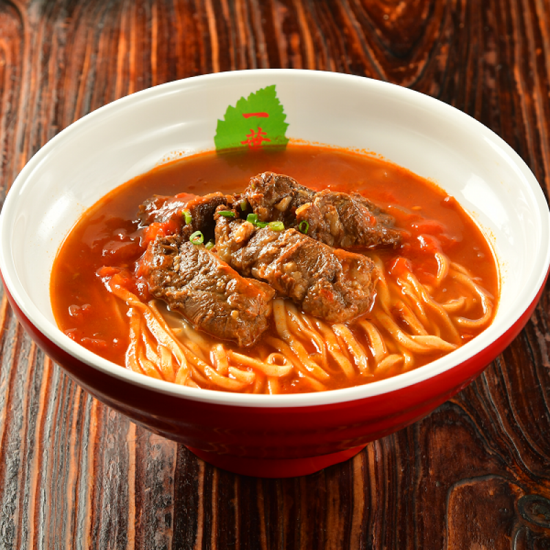 Beef Noodle with Tomato Sauce in Soup